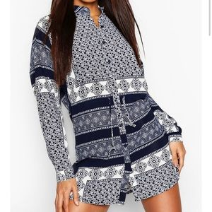 ⚪️BOOHOO Bandana Print Tie Waist Tunic Dress